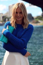 tricot-colorido-tricot-azul-klein-looks-tendencia-azul